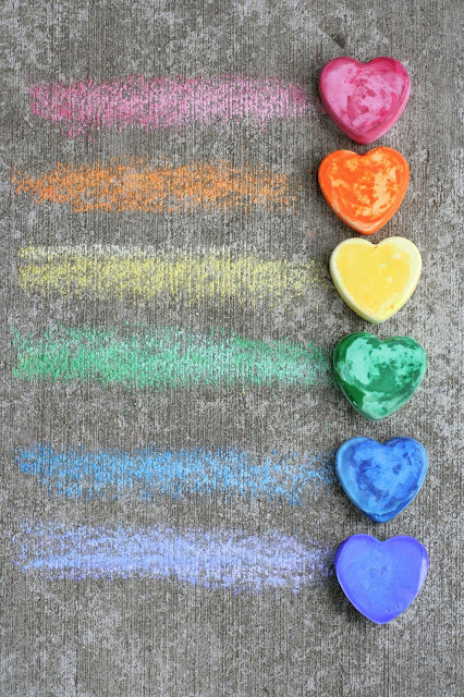 Make Your Own Sidewalk/Pavement Chalk from Fun at Home with Kids