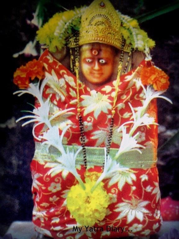 Deity of Sheetla Mata at Shri Swayumbhu Siddhivinayaka Ganesh Temple, Vazira Naka in Borivli