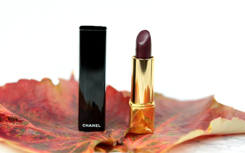 Rouge Noir Chanel rouge à lèvres swatch dupes