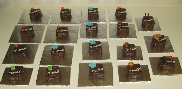 Mini Thank You Cakes