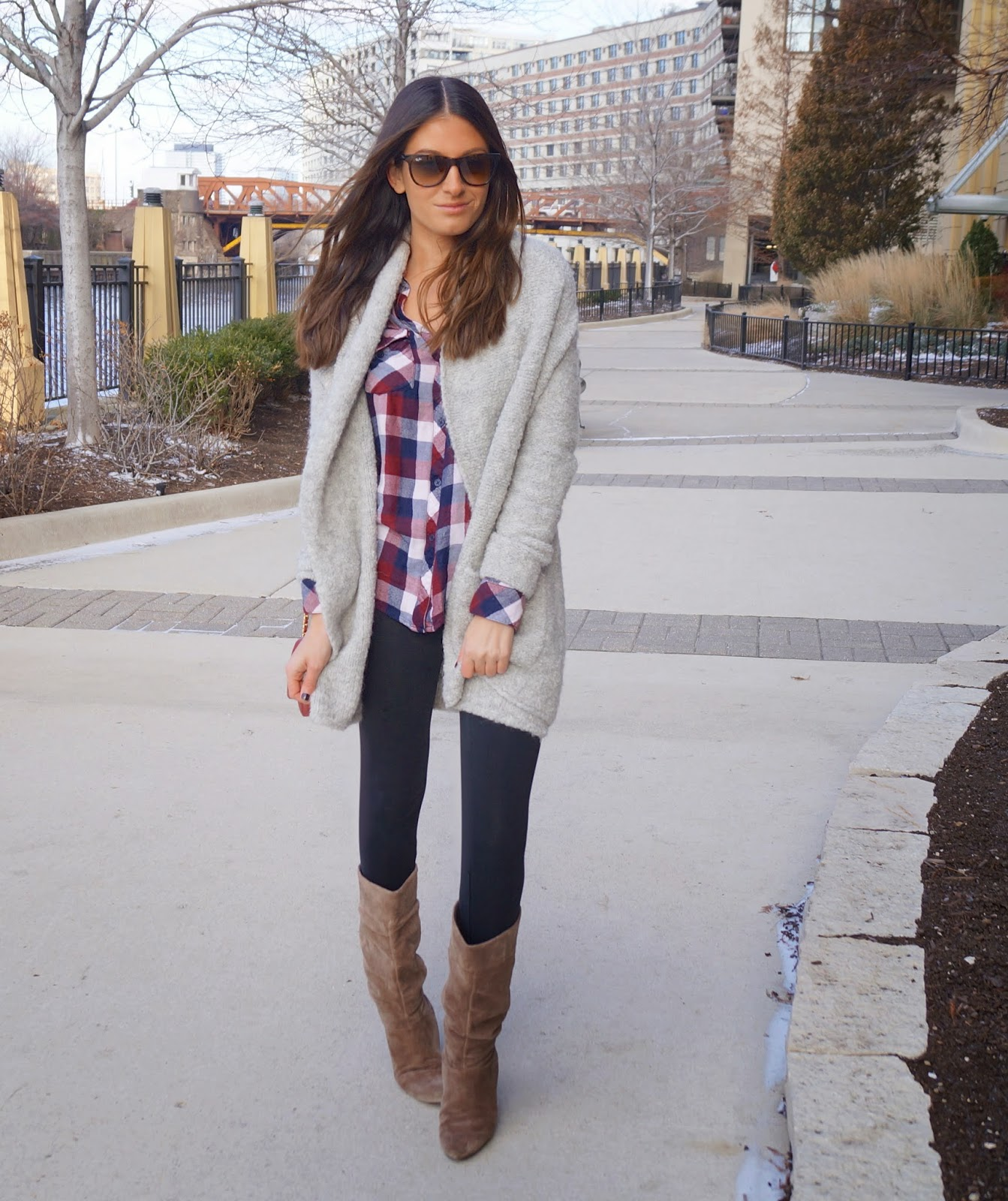 rails plaid