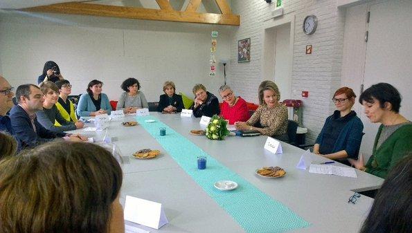 Centrum Algemeen Welzijn - General Welfare Center (CAW), which offer psychological consultations.