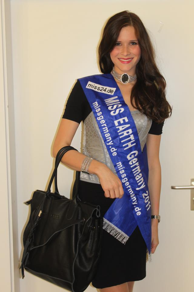 manouvolkmer,miss germany earth 2011