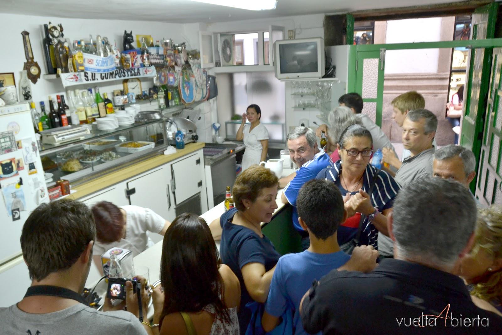 Vuelta abierta blog de viajes o gato negro santiago de for Oficina correos santiago de compostela
