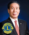 Foto do Presidente Internacional Jung-Yeol Choi