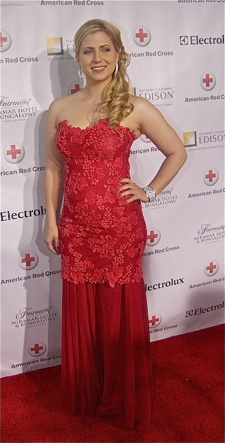 Miss Canada Shannon Lynn in a lovely red frock