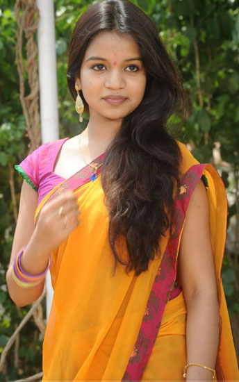 bhale kurrallu movie heroine bhavyasri stills9