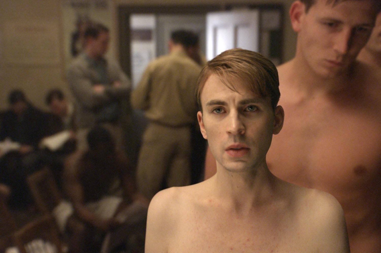http://1.bp.blogspot.com/-hGz2GGk8AR8/Tfzx_7DDKwI/AAAAAAAAHWk/int37m9exVg/s1600/Captain-America-Photo-Promo-Juin-9.jpg