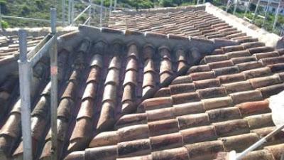 Tejados a dos aguas tejado a cuatro aguas fotos tejados for Tejados de madera a cuatro aguas