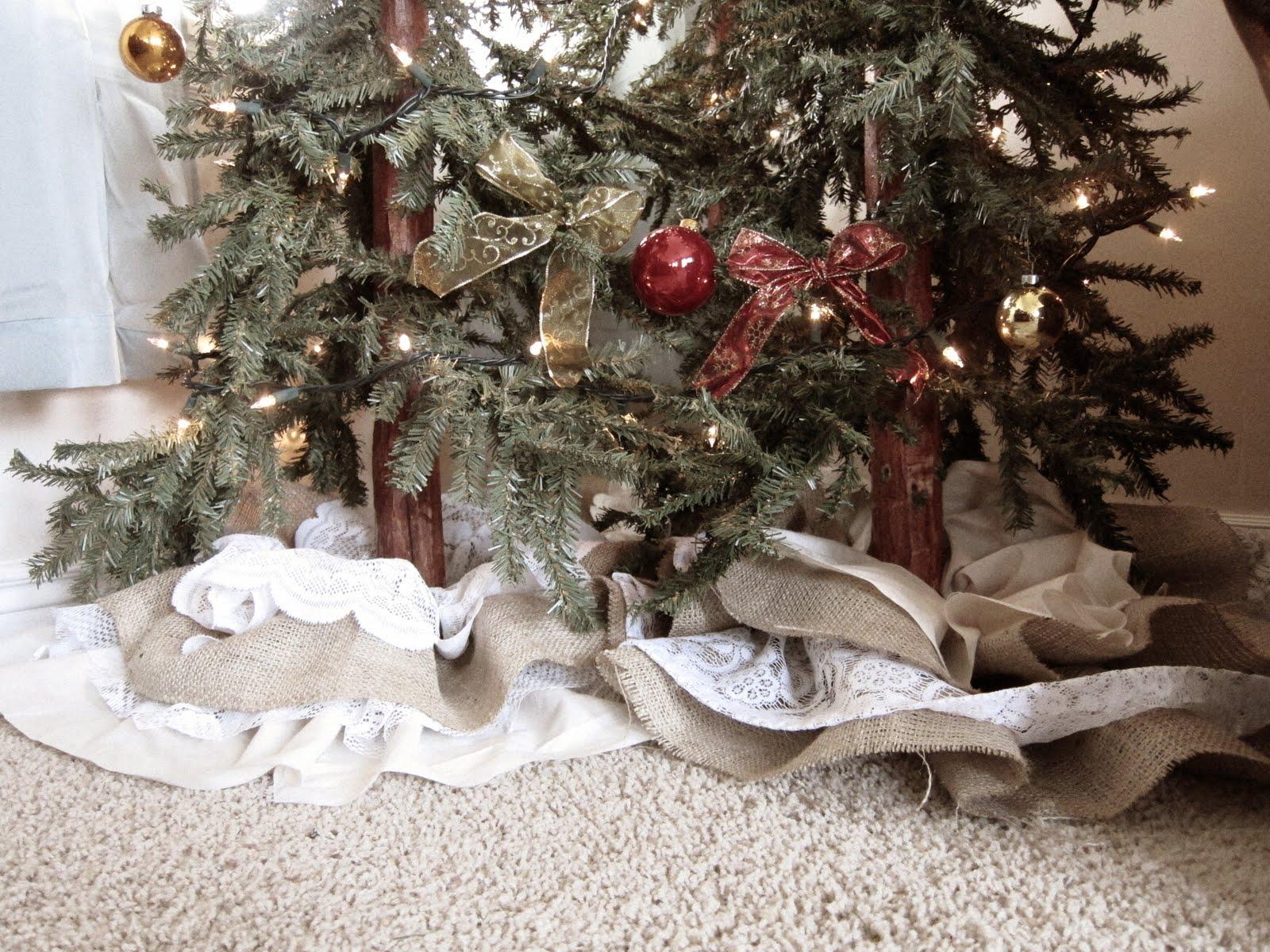 Make a no sew ruffled christmas tree skirt