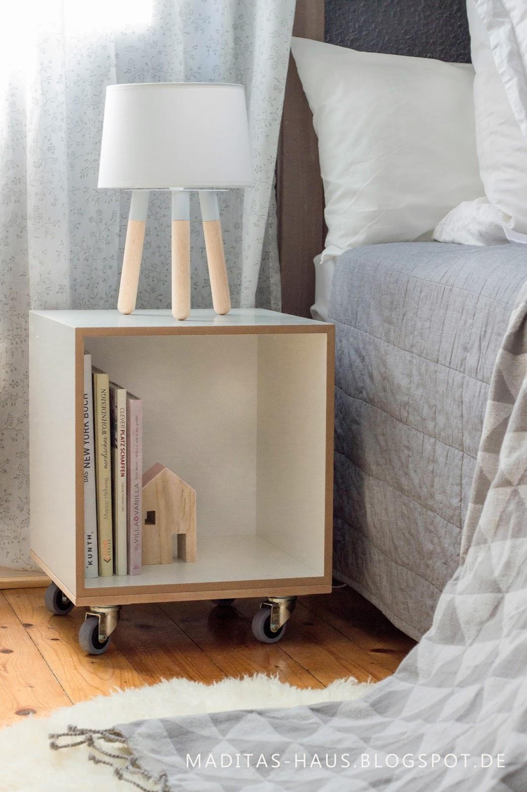 Schlafzimmer in Grautönen und neuer Nachttisch | Maditas Haus ...