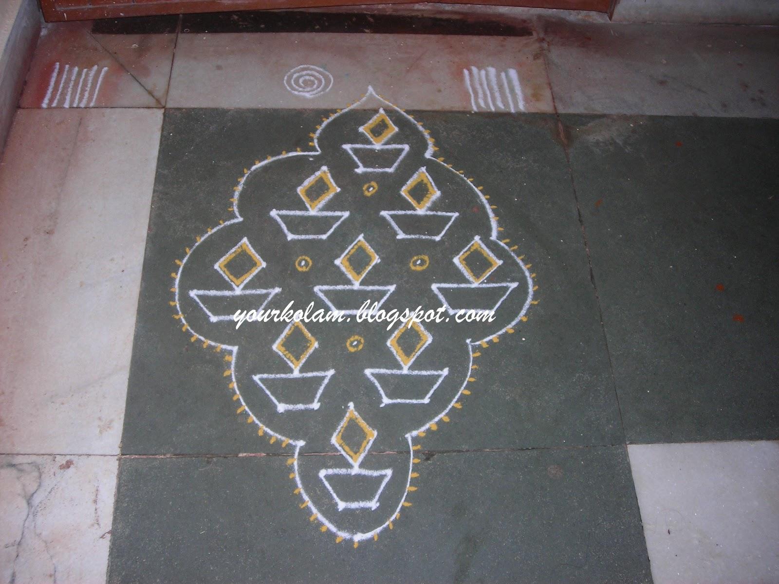 அழியாத கோலம்/ ముగ్గులు / रंगोली : Lamp Kolam Rangoli Designs With Dots For New Year 2012