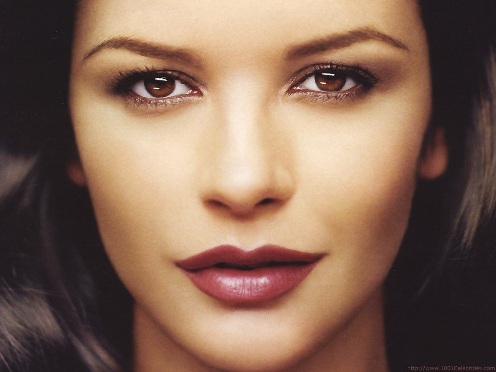 Catherine Zeta Jones Beautiful