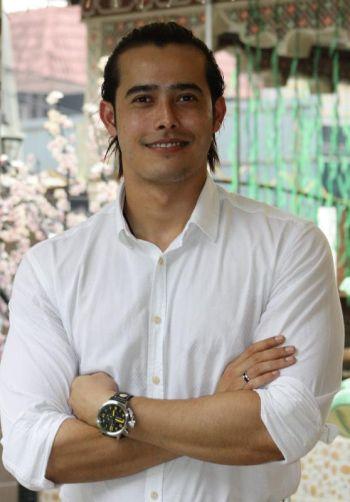 Gambar Zulkifli Ariffin Seksi Hot Hero Artis Malaysia