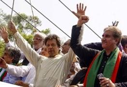 pak goverments vs imran khan