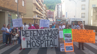 protestas frente al hospital bejarano