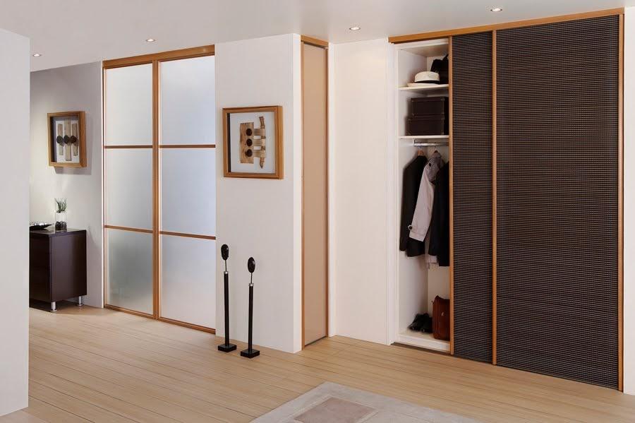 maisons madagascar interieur rangement. Black Bedroom Furniture Sets. Home Design Ideas