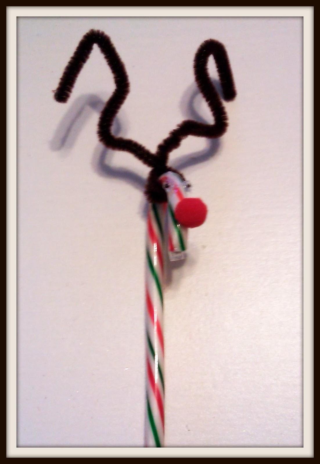 Real reindeer antlers side view - photo#10