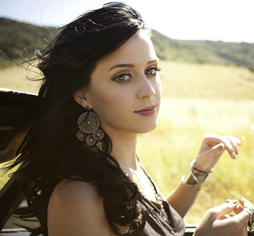"""Katy Perry """"Teena... Katy Perry Christmas Song"""
