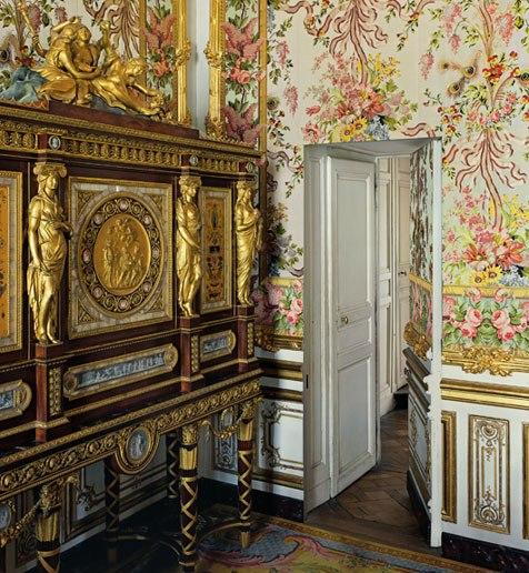 Tara free interior design randomly inspired by versailles - Cabinet mansart versailles ...