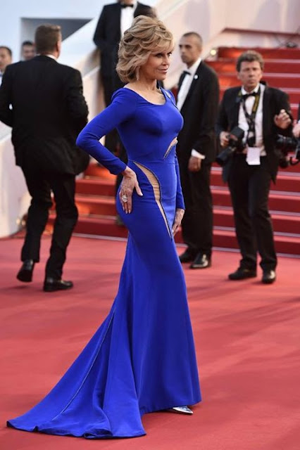 Celebrities Stole the Spotlight in Blue Gowns at Cannes 2015