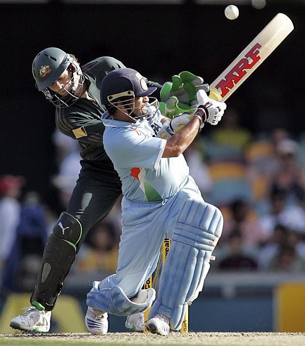 Best Sports Photos Of 2012: Sports: Best Cricket Shots Images