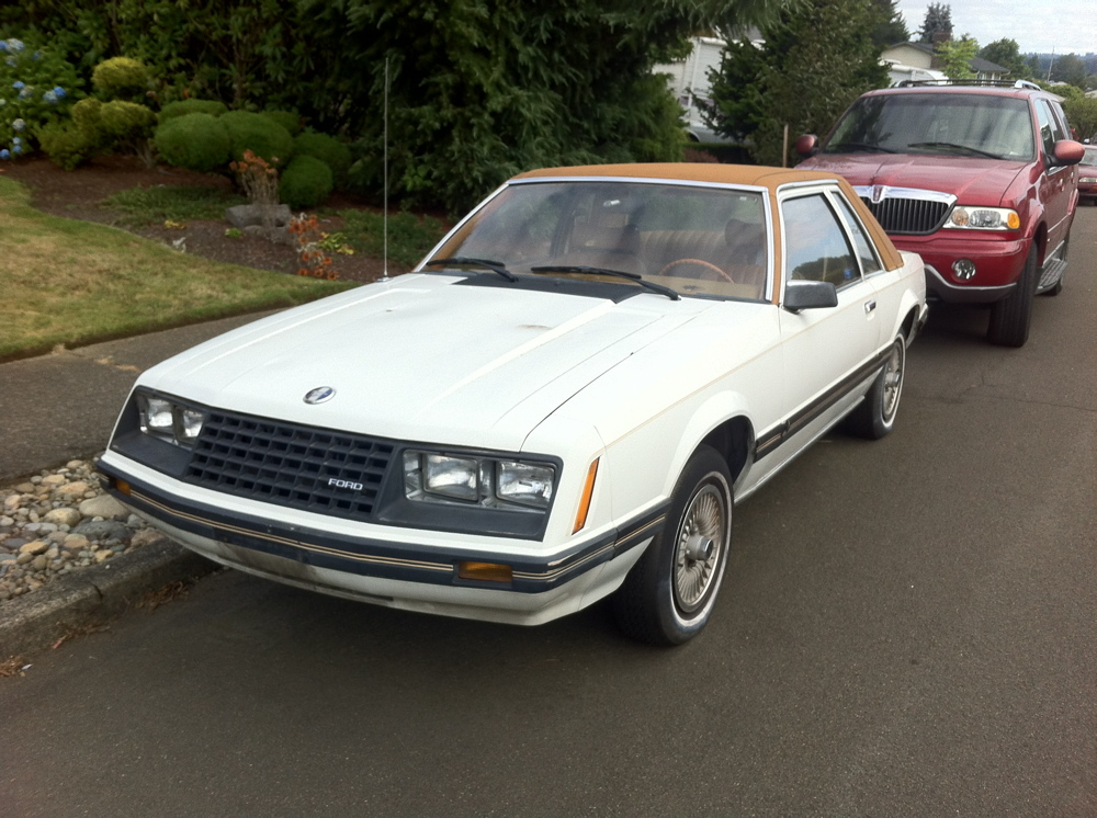1980 Ford Mustang Ghia.