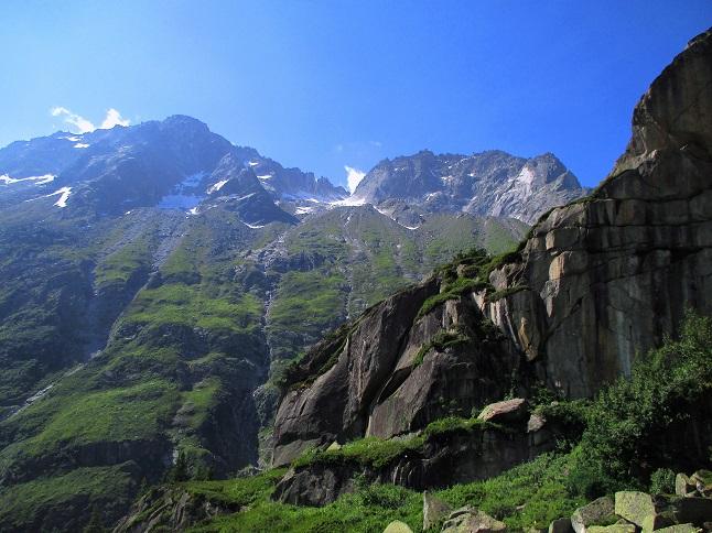 Klettersteig Krokodil : Beeindruckende ausicht vom bergsee klettersteig krokodil