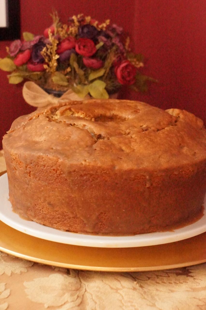 Brown-Sugar, Maple, And Pecan Pound Cake Recipe — Dishmaps