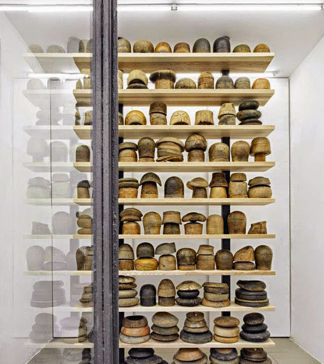 Decoration mur - collection moules chapeaux bois