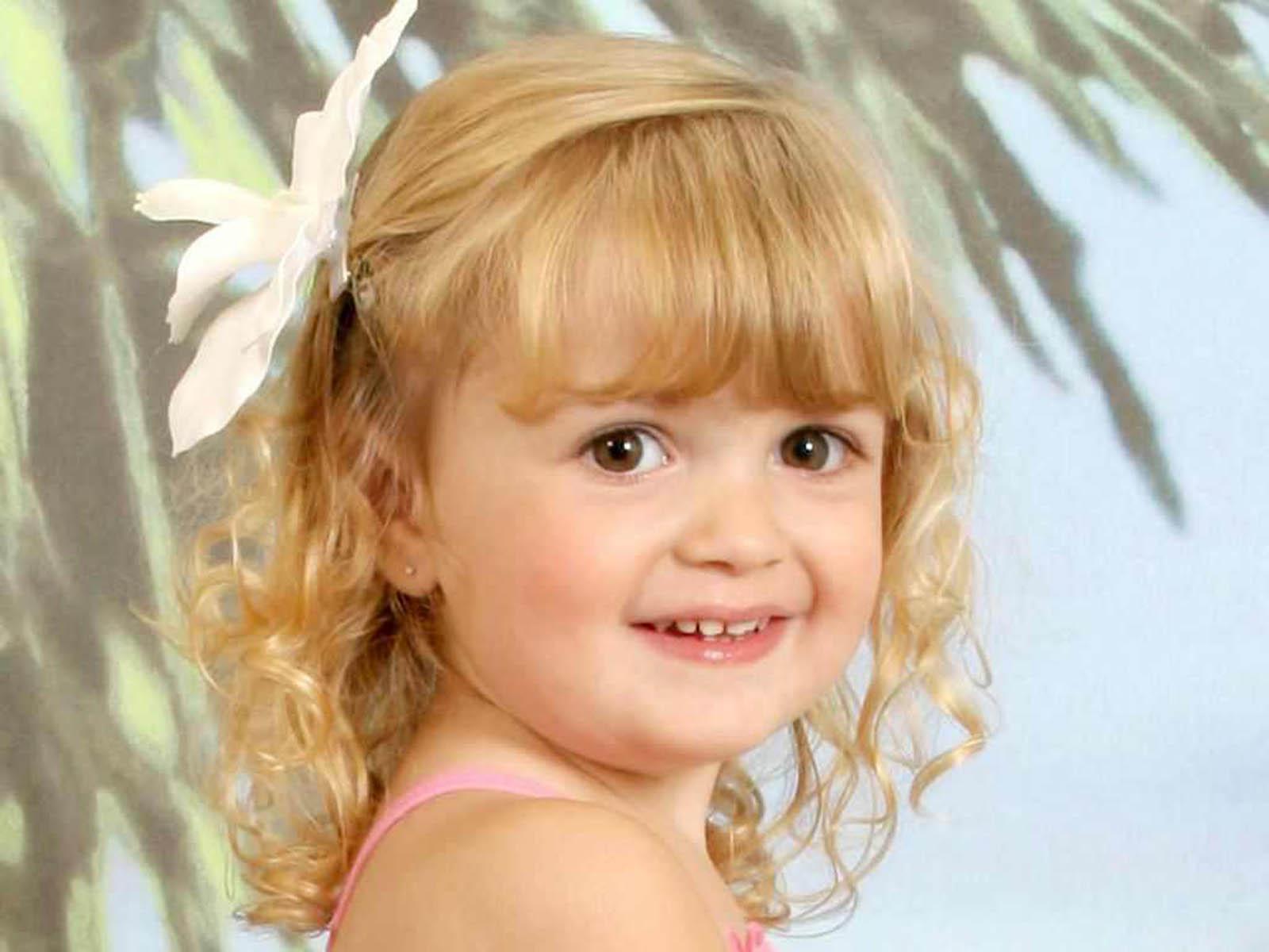 http://1.bp.blogspot.com/-hJApbJHEDvw/UOWiSLQAq-I/AAAAAAAAQis/ZyMjPbL2J-M/s1600/Innocent+Babies+Wallpapers.jpg