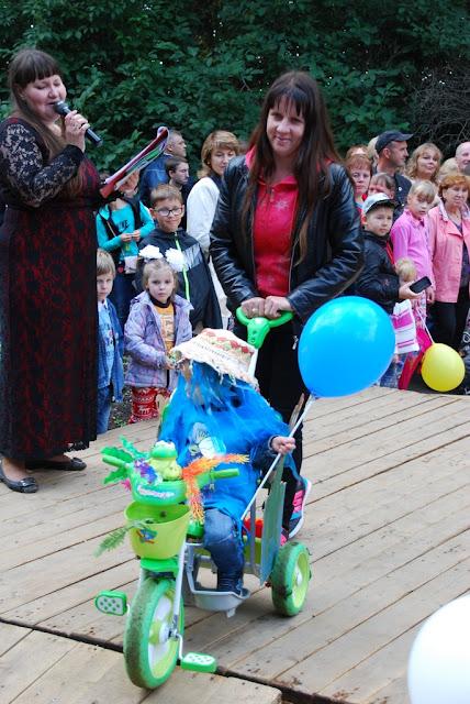 Парад колясок 2015 в парке Лысьвы
