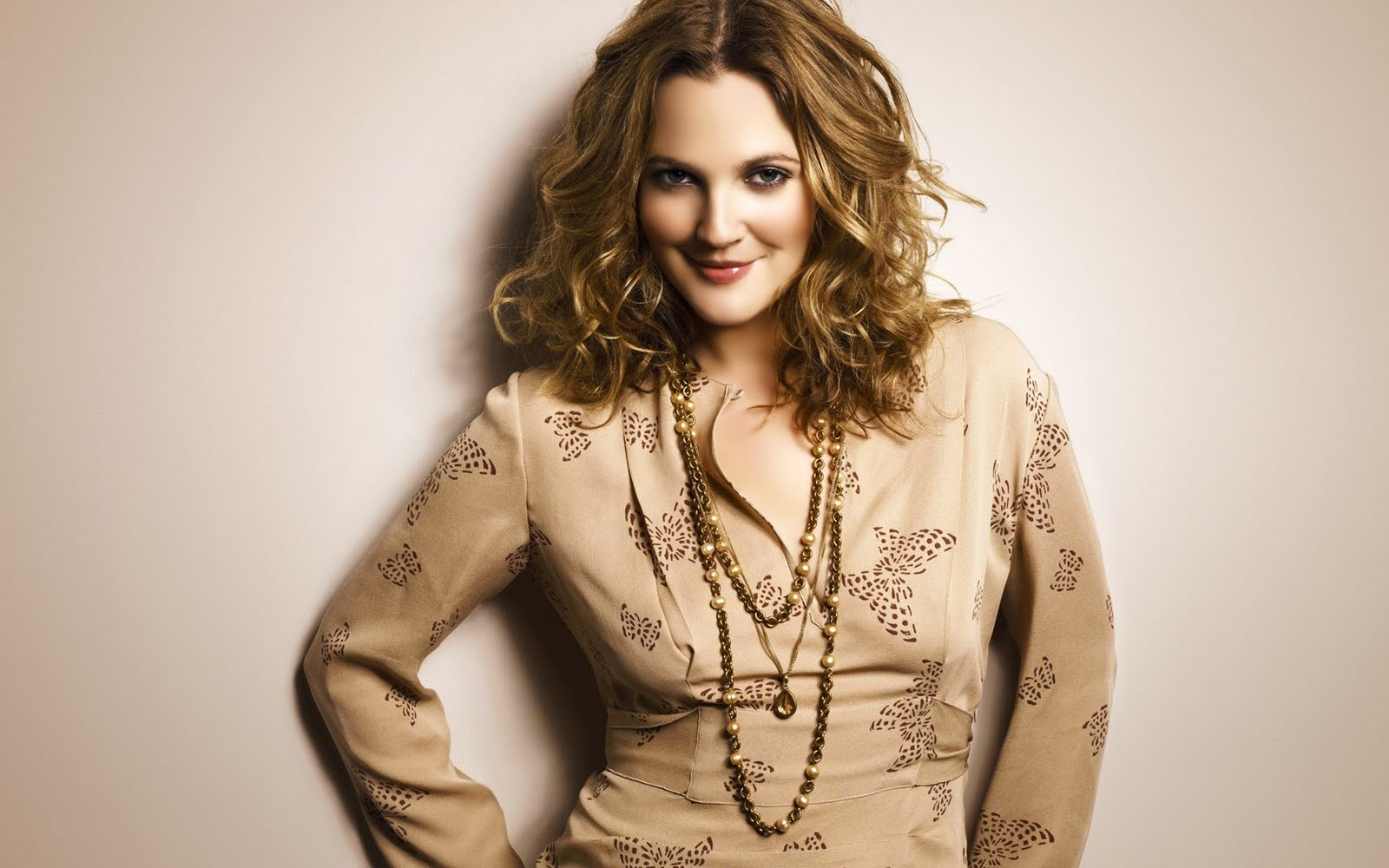 Drew Barrymore Wallpapers Hot Pictures Wallpapers