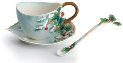 فناجين قهوة باشكال رائعة  Tea-cup-and-saucer-designs-11