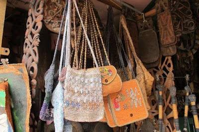 Kerajinan Tekstil Modern dari Papua