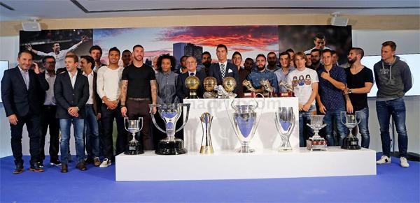 Cristiano Ronaldo máximo goleador de la historia del Real Madrid homenaje