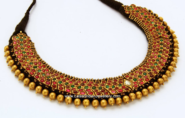 Mangatrai Antique Gold Hasli Necklace