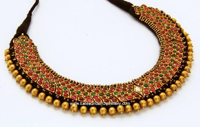 Mangatrai Antique Gold Hasli Necklace