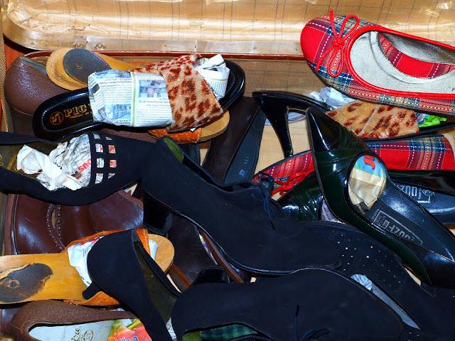 dress swap 50's vintage shoes