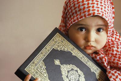 foto+bayi+islam+pegang+quran