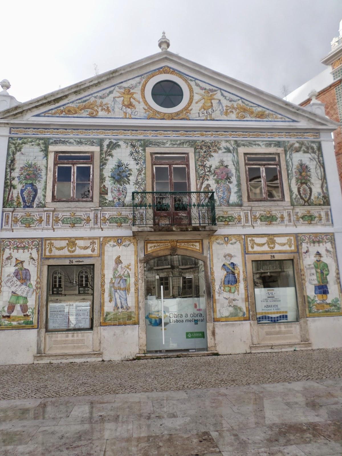 Coysas loysas tralhas velhas a vida portuguesa a for Casa dos azulejos lisboa