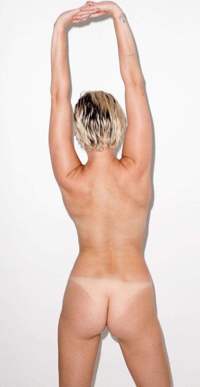 Miley Cyrus desnuda en Candy Magazine