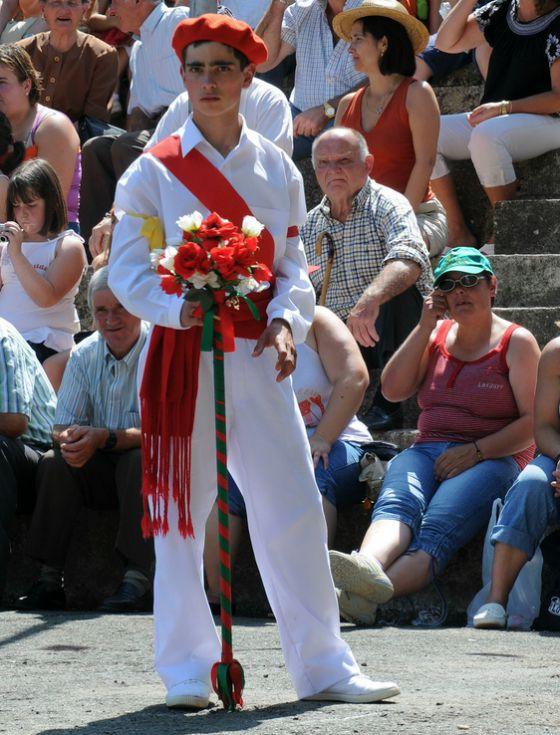 imagen_fiesta_nieves_burgos_machorras_montaña_danzantes_rabadan