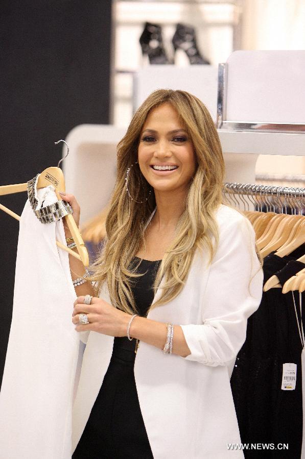 A FASHIONABLE LIFE: Se... Jennifer Lopez Clothing