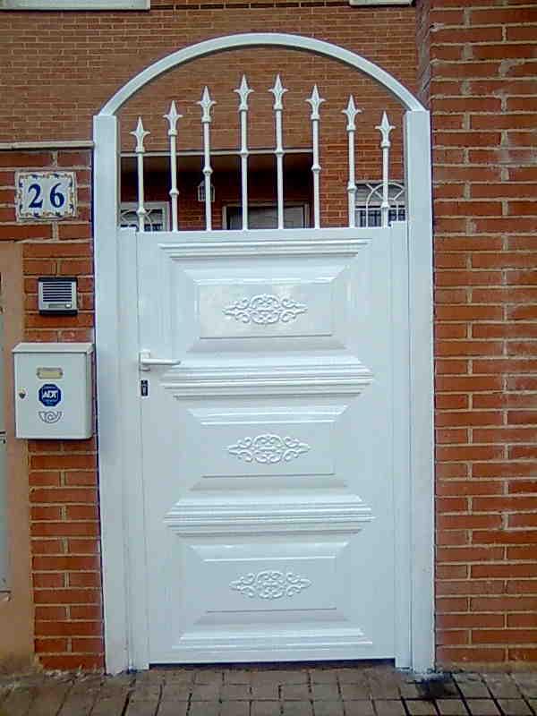Manferrum carpinteria metalica puertas correderas y - Puerta corredera metalica ...