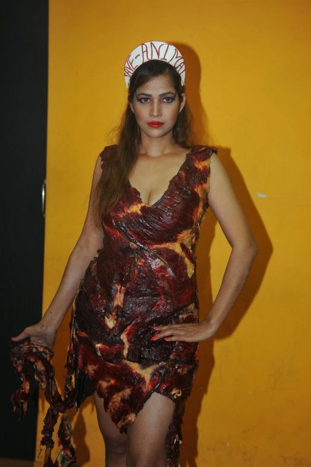Tanisha Singh Hot Pics