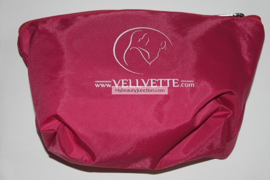 June 2013 travel edition Vellvette Bag review