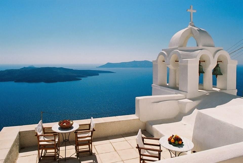 Santorini, Hellas: The Most Attractive Island in The World