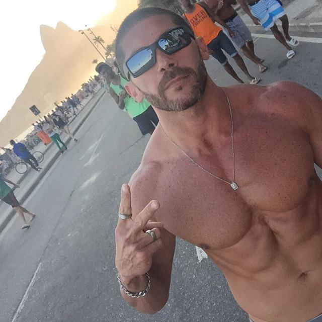Pedro Filho faz corrida leve na orla da Praia de Ipanema. Foto: Arquivo pessoal