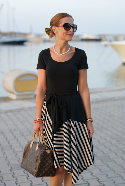 Donna Karan New York dress, Louis Vuitton Speedy 30 monogram, summer striped dress, Marc by Marc Jacobs sunglasses, Fashion and Cookies